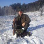kolega Jarek ze strzeloną pierwszą owcą